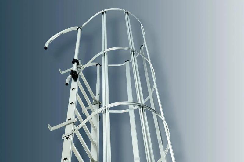 escaleras-gato-fijas-aros-cilindricas-industriales-crinolinas-verticales-guarda-hombres-homologadas-certificadas-almacenes-silos-depositos-techos-tanques-trabajos-altura-servicios